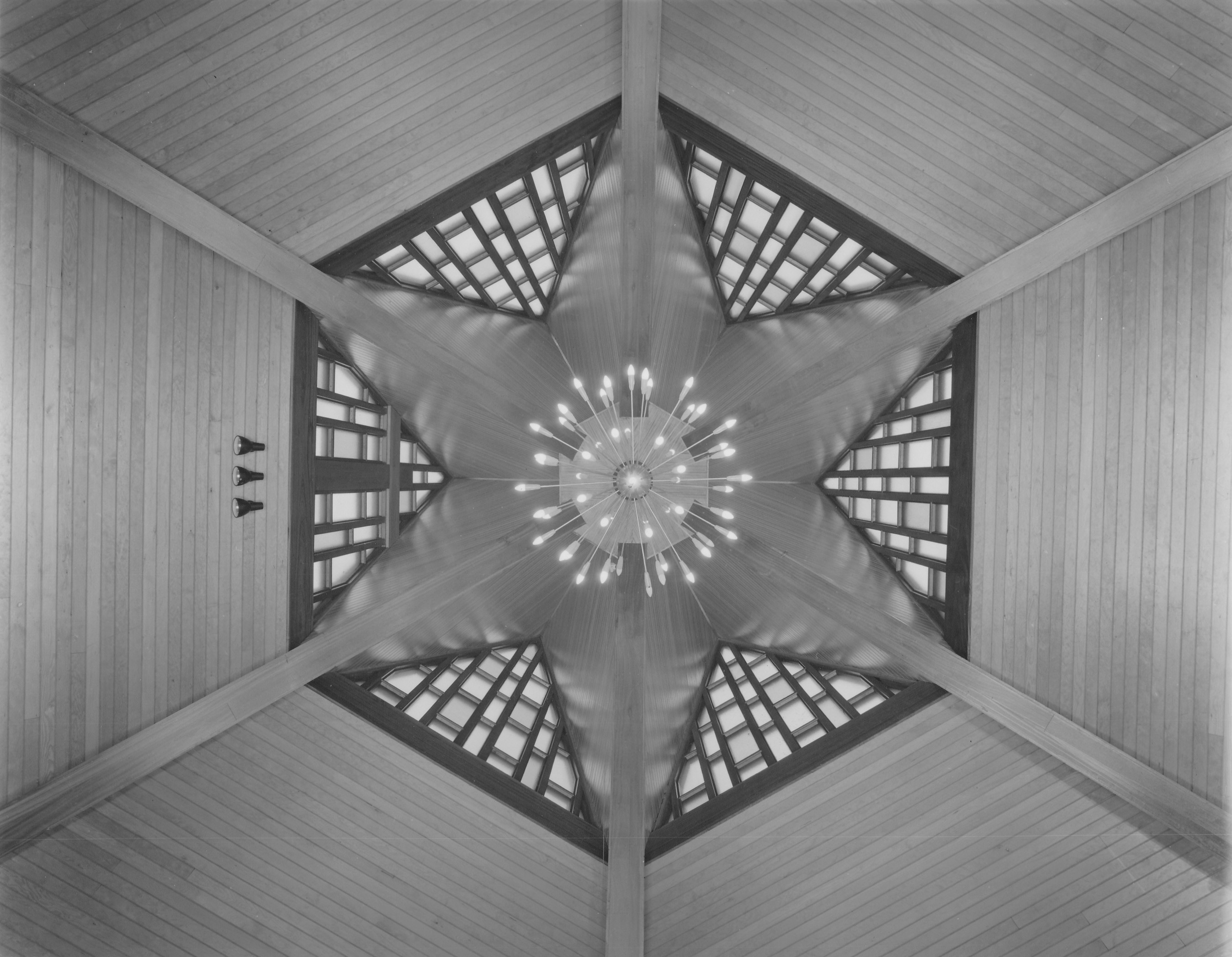 Hexagonal roof structure timber frame reciprocal roof for Hexagonal roof framing